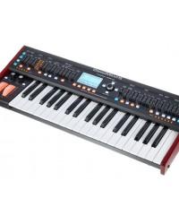 Detalhes do produto Sintetizador Behringer Deepmind 6 com 6 vozes e 4 FX eng.